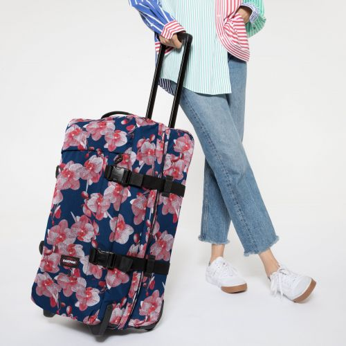 Tranverz M Charming Pink Luggage by Eastpak - view 2