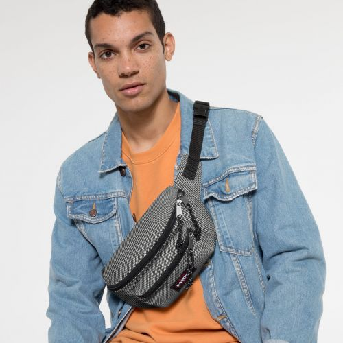 Doggy Bag Meshknit Black Accessories by Eastpak - view 5