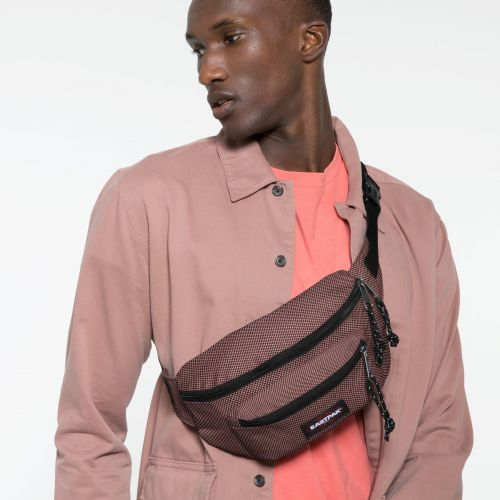 Doggy Bag Meshknit Pink Accessories by Eastpak - view 5