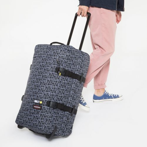 Tranverz M Smiley Mini Luggage by Eastpak - view 5