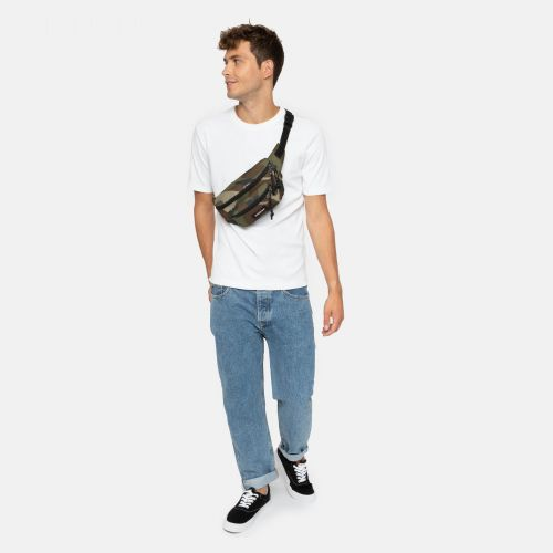 Doggy Bag Camo For him by Eastpak