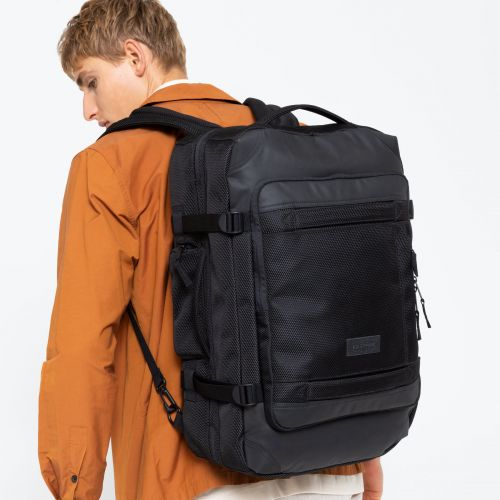 Tranzpack Cnnct Coat Default Category by Eastpak