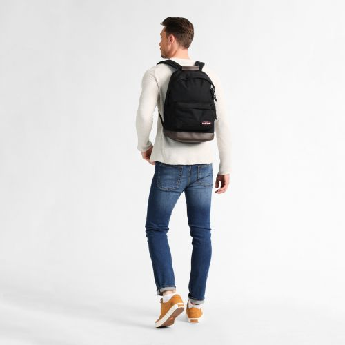 Wyoming Black Basic by Eastpak - view 2