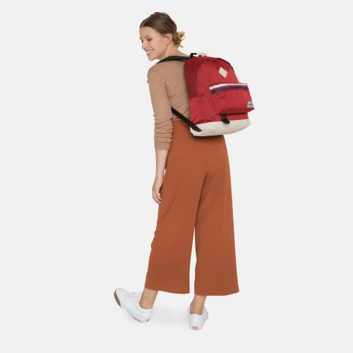 Wyoming Into Retro Red Into the out by Eastpak - view 2