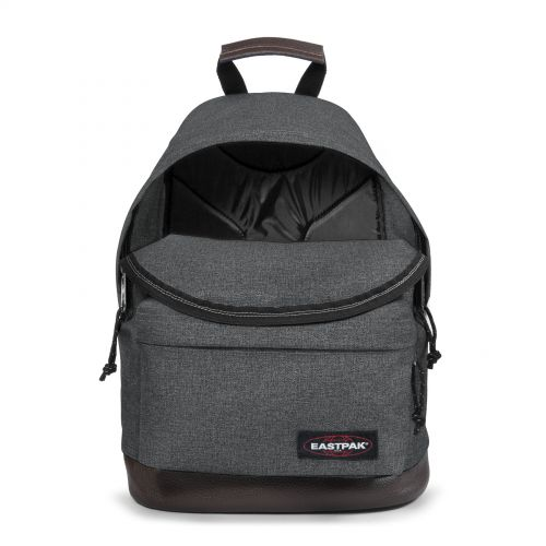 Wyoming Black Denim Basic by Eastpak - view 3