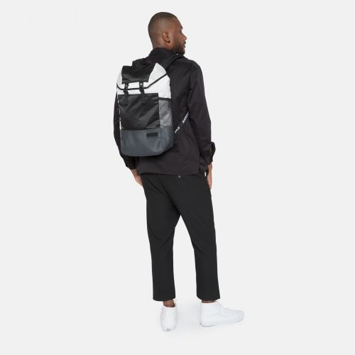 Bust Contrast White Sport by Eastpak - view 5