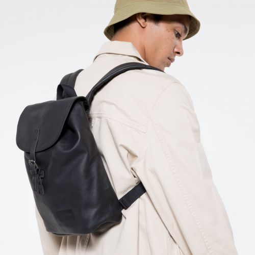 Casyl Black Ink Leather Leather by Eastpak - view 5