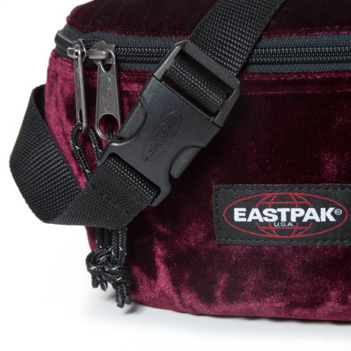 Springer Crushed Merlot View all by Eastpak - view 7