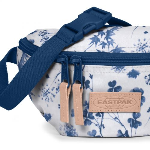 Springer Recycled Super Dreamy Blue New by Eastpak - view 7