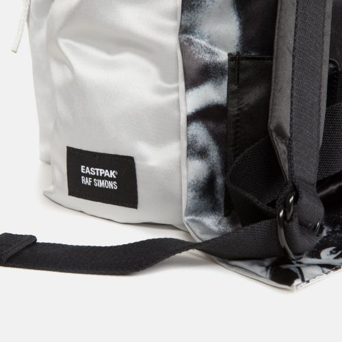 Raf Simons Poster Padded Satin Punk Silver Special editions by Eastpak - view 7