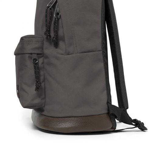 Wyoming Whale Grey Study by Eastpak - view 7
