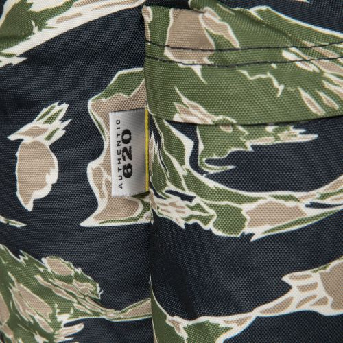 Padded Pak'r® Camo'ed Forest Around Town by Eastpak - view 8