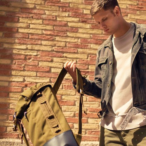 Bust Mt Khaki Sport by Eastpak - view 9