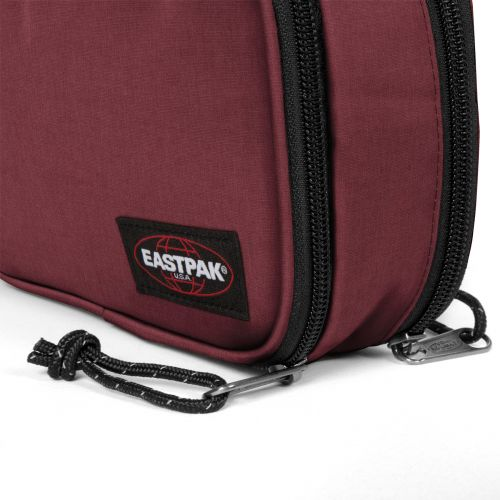 Flat Oval L Crafty Wine Oval by Eastpak - view 9